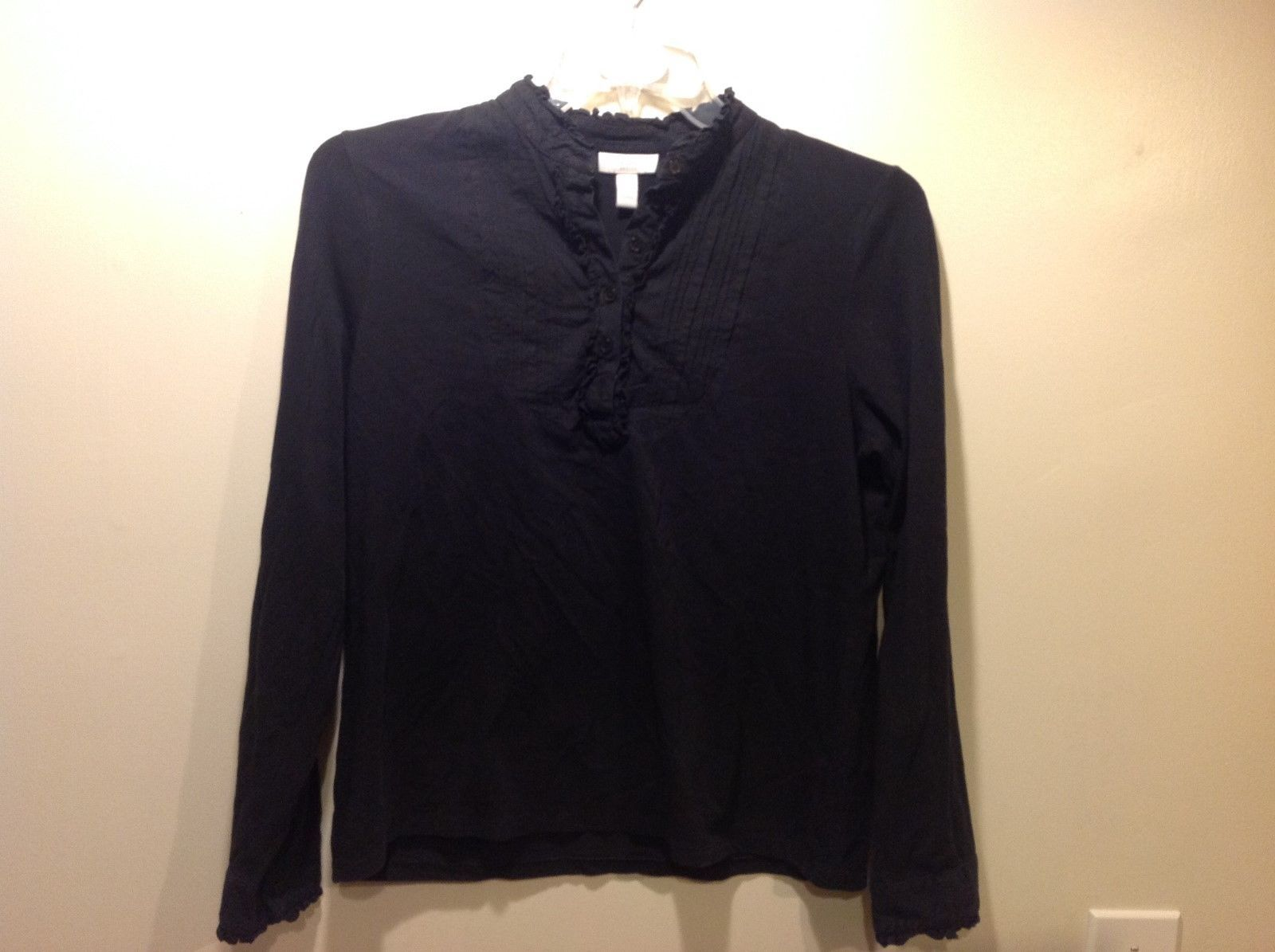 Charter Club Petite Long Sleeve Black Blouse w Frill Neckline Sz P/L