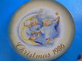 """1986 Christmas Plate by SCHMID BROTHERS West Germany 16th edition 8"""" - $7.56"""