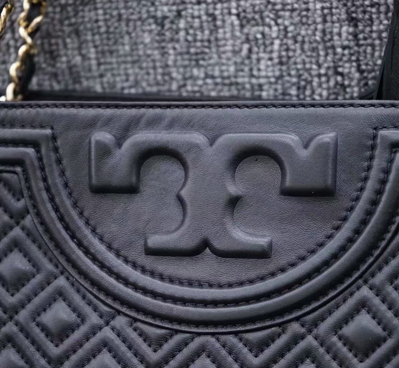 Tory Burch Fleming Open Shoulder Bag