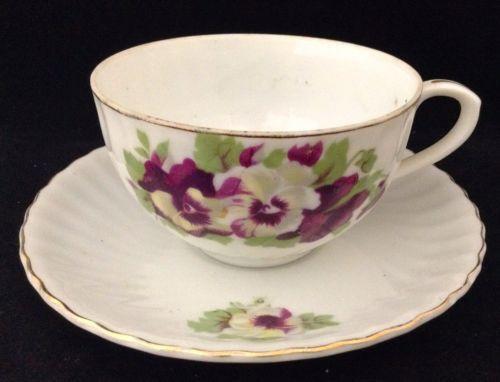 Vtg Nippon Yoko Boeki Tea Cup & Saucer Porcelain Purple White Pansies Gold Trim