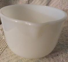 Vtg Small SUNBEAM MIXER Glasbake White Milk Glass Stand Mixing Bowl 20-CJ - $10.00
