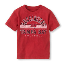 NFL Tampa Bay Buccaneers Football Boy or Girl T-Shirt  Infant  Size-6-9 Months - $16.14