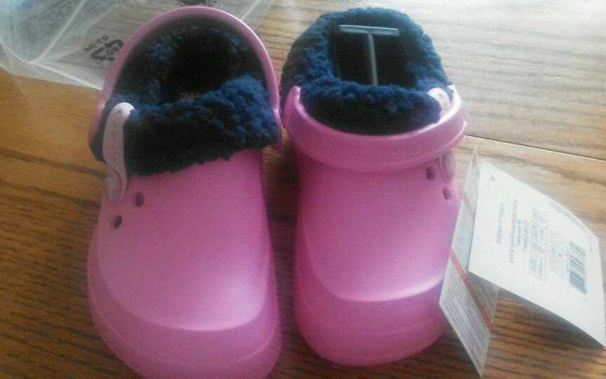 ef6d4f053 S l1600. S l1600. Previous. Crocs Blitzen ll Lined Clogs Shoes Party Pink Navy  Size 11 Girls Relaxed ...