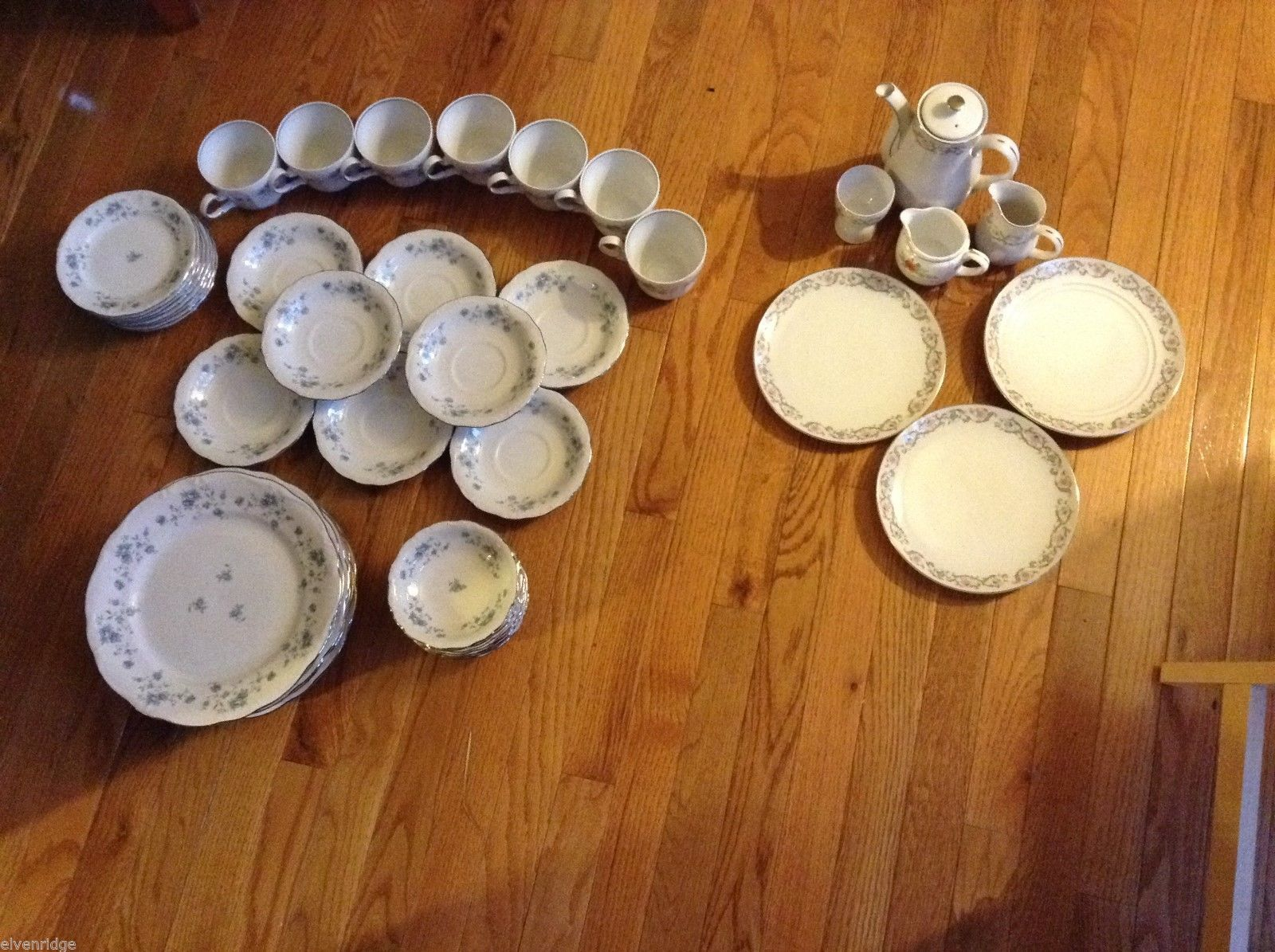 Lot of 2 Floral Dish Sets