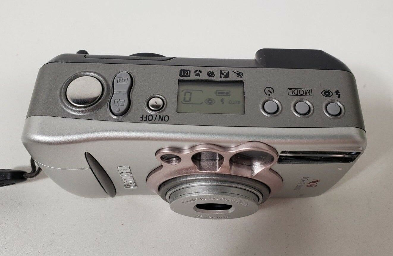 Canon Sure Shot 80U Film Camera with case image 4
