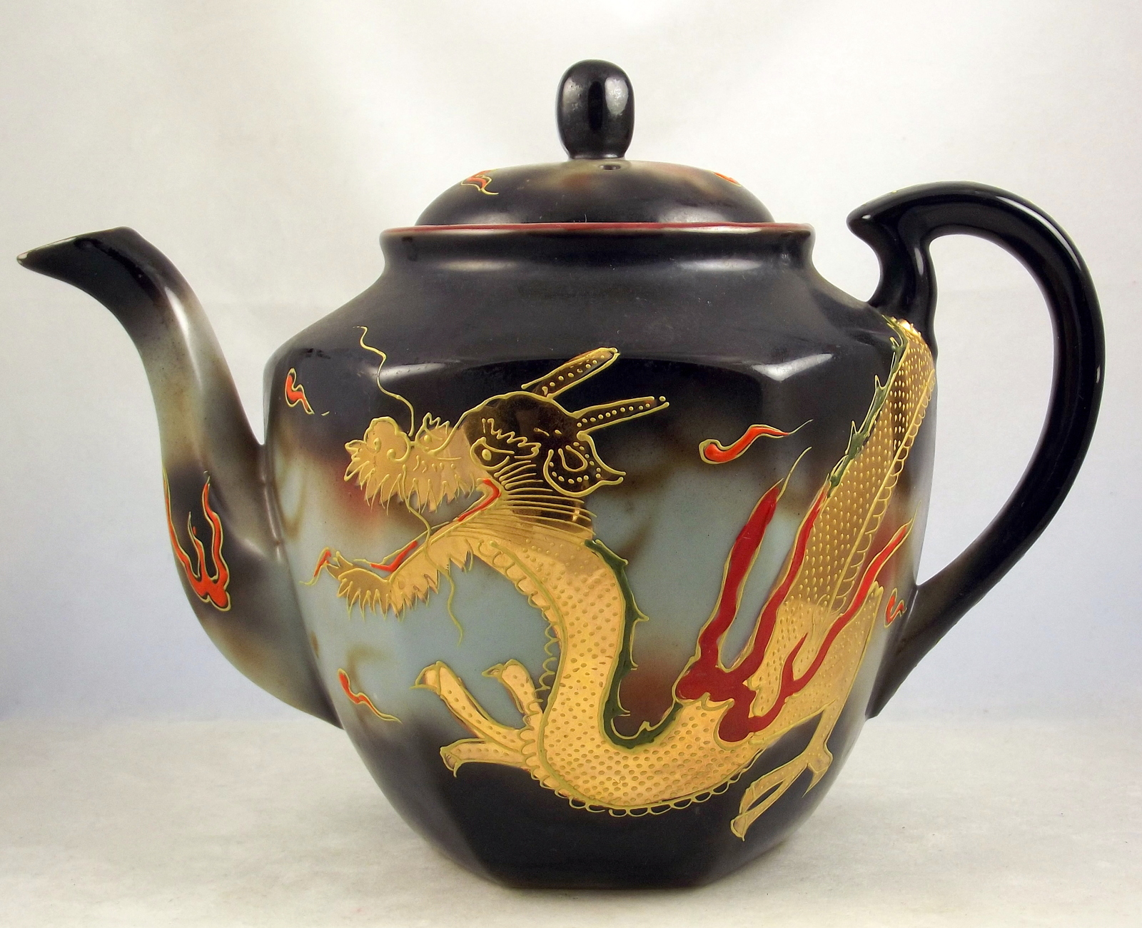 Mid Century Japanese Porcelain Gold Dragonware Moriage