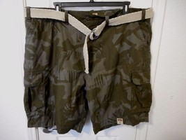 Men's Foundry Big & Tall Belted Cargo Shorts Dark Olive Camo Size 46 NEW - $29.69