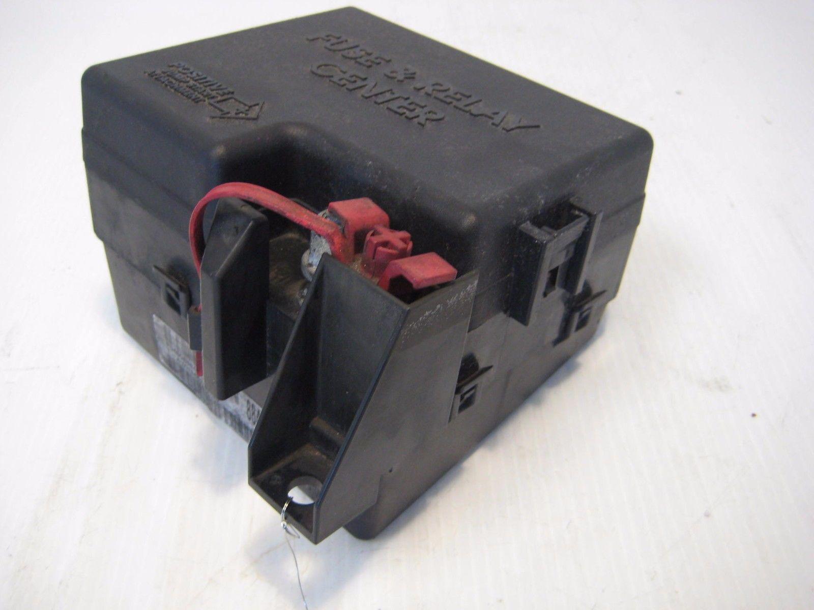 2003 chrysler sebring engine fuse relay box compartment. Black Bedroom Furniture Sets. Home Design Ideas