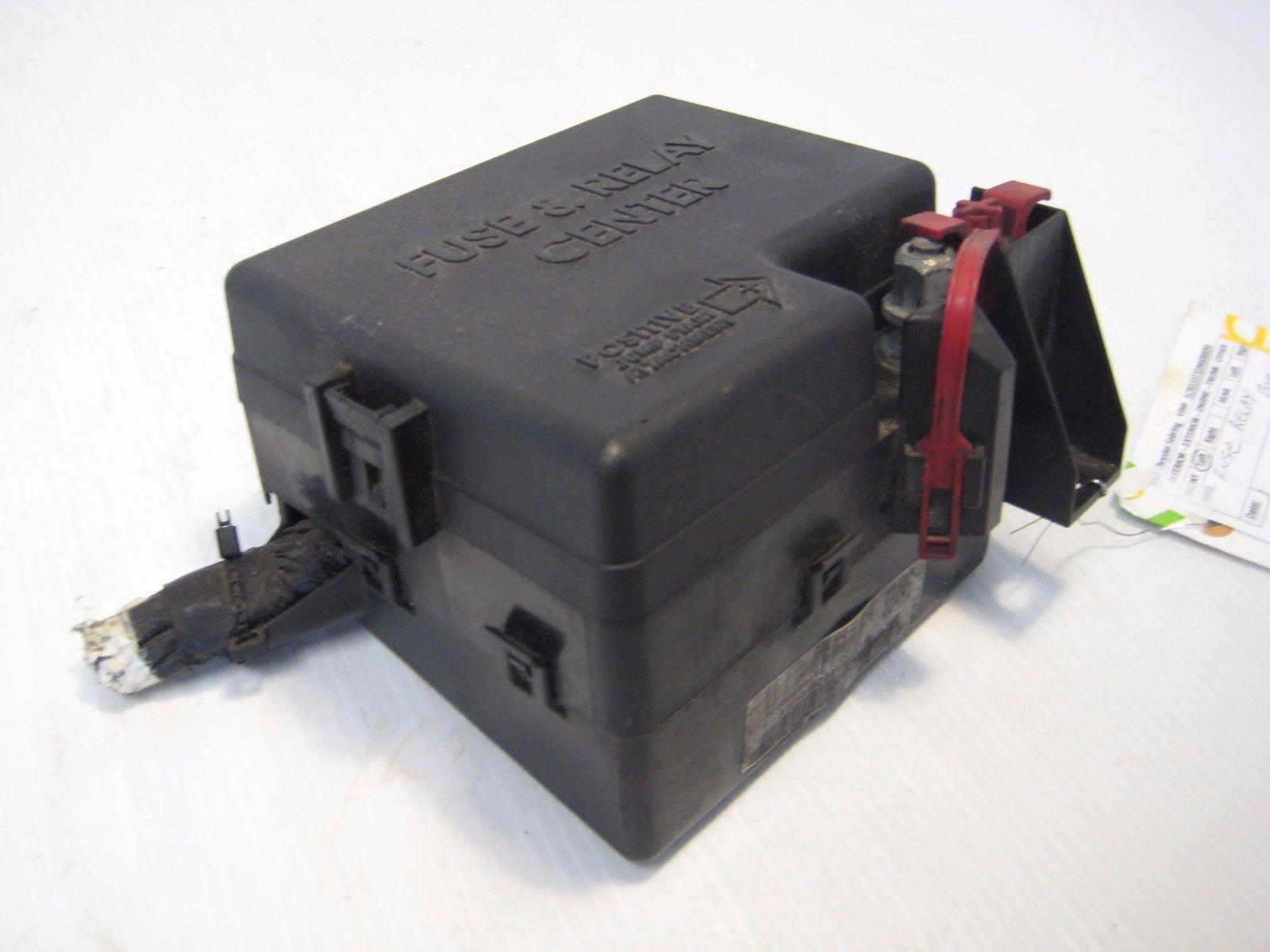 2003 Chrysler Sebring Engine Fuse Relay Box Compartment