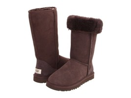 New UGG Big Kid winter warm Classic Tall Boots, Fit Women 6 6.5, Chocolate - $105.81