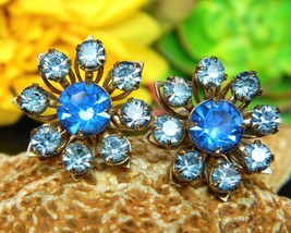 Vintage Blue Rhinestones Petals Flower Daisy Earrings Screw Back - $15.95