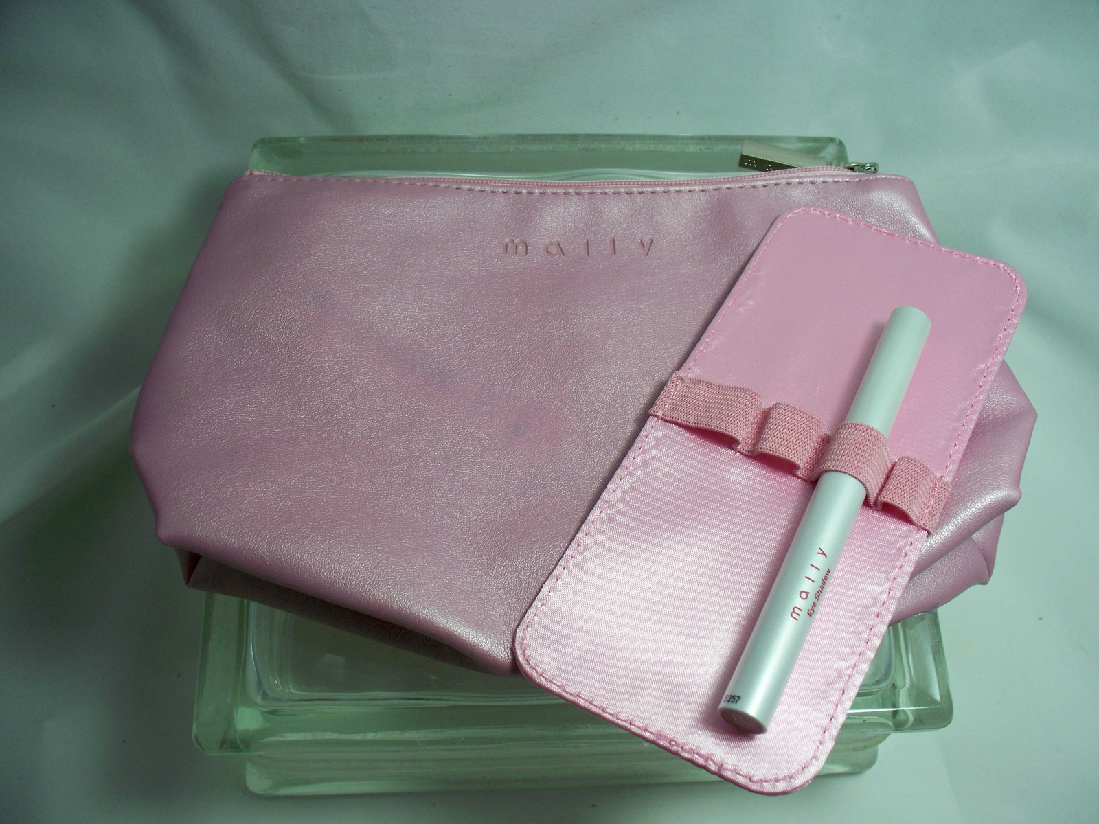 Primary image for Mally Beauty Eyeshadow Stick Copper Rose and Mally Cosmetic Bag w/ holder