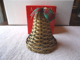 "Vintage Avon Holiday Greetings Wicker Bell "" NIB "" BEAUTIFUL COLLECTIBLE... - $16.82"