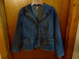 "Womens St.Johns Bay Stretch Size L Jean Type Of Jacket "" BEAUTIFUL JACKET "" - $18.69"