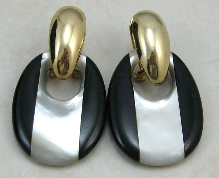 VINTAGE Black Onyx Mother O.P gold /stainless steel wire dangle or clip  EARRING