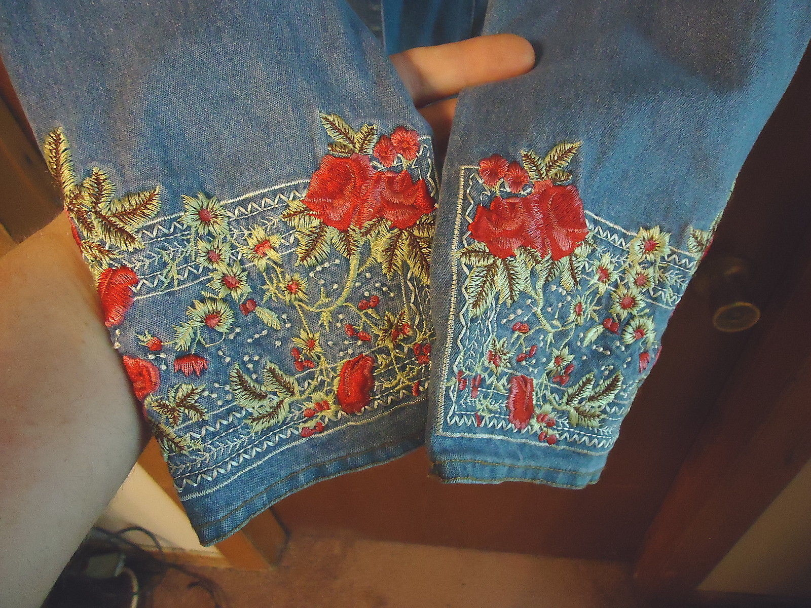 "Womens Denim & Co.Size Small Jacket With Designs On Bottom Of Sleeves "" BEAUTIFU"
