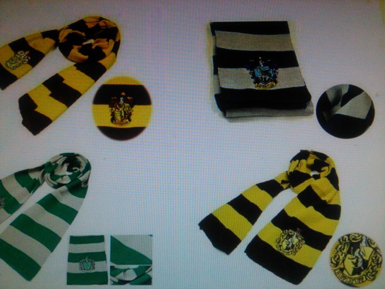Harry Potter Hogwarts Gryffindor/Slytherin/Hufflepuff/Ravenclaw Scarves