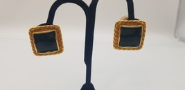 Vintage Gay Boyer Gold Tone & Black Enamel Square Cut Clip On Earrings EUC - $19.32