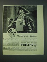 1942 Philips Lamps Ltd Ad - The town crier passes - $14.99
