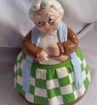 VINTAGE WHITE HAIRED GRANNY COOKIE JAR - WM. HI... - $32.73