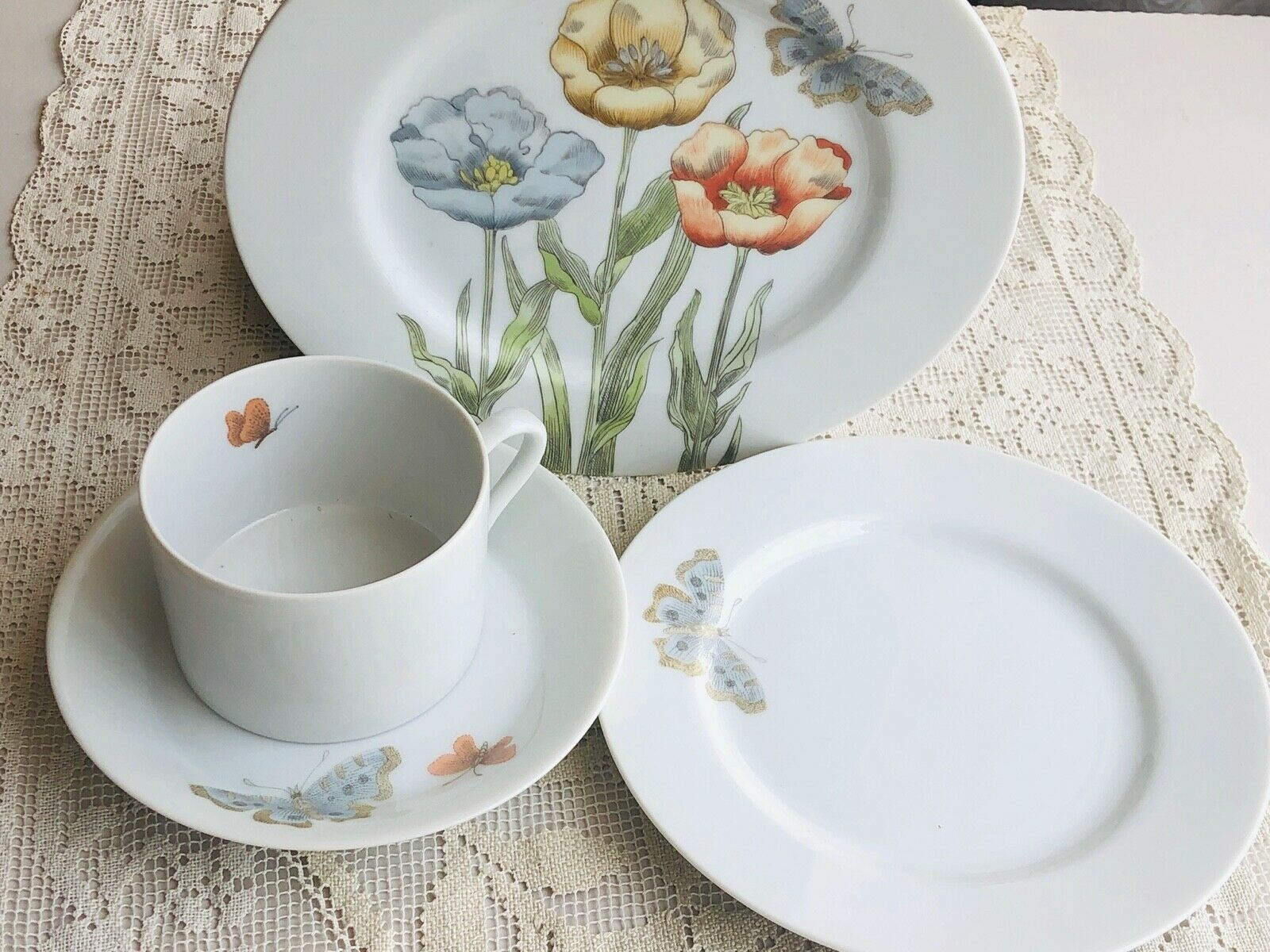 Primary image for Vintage Fitz and Floyd Pastel Poppy Teacup & Saucer Set, 2 Plates, Japan