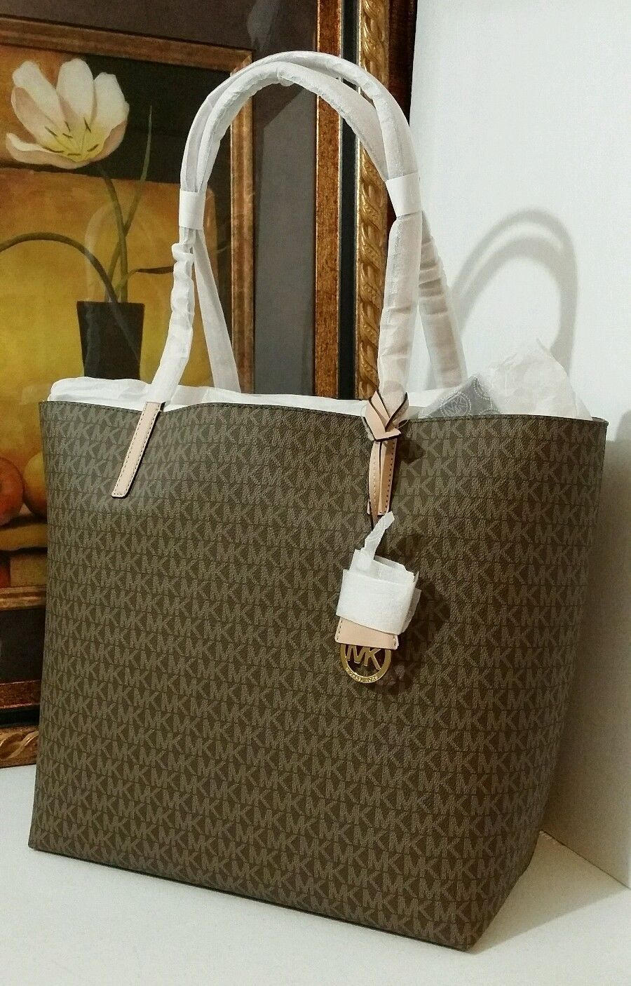 NWT MICHAEL KORS Hayley Large East West PVC Leather Tote Mocha/Bisque