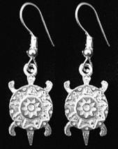 LOOK Aztec Sterling Silver Celtic Turtle Earrings Jewelry - $487,97 MXN