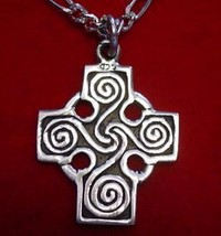 LOOK CELTIC wicca TRISKELE Cross PENDANT Charm Jewelry - $20.85