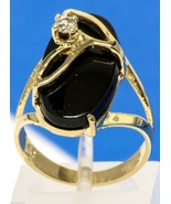Vintage 14K Yellow Gold Ring with Large Onyx Stone & Diamond Size 5.25 4.4g - $224.99