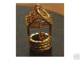 LOOK Gold Plated Wishing Well Good Luck Pendant Silver charm - $16.96