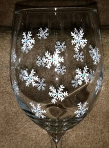 Beautiful Hand Painted Snowflake Goblet Barware Winter Snowflake Wine Gi... - $13.00