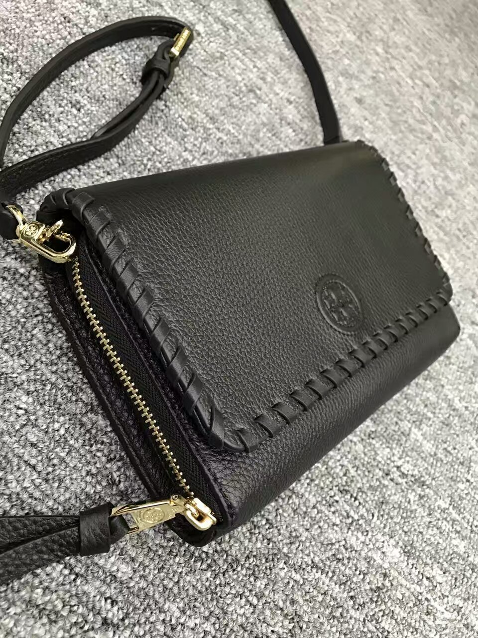effd1d2b3a35 Authentic Tory Burch Marion Flat Wallet and 50 similar items