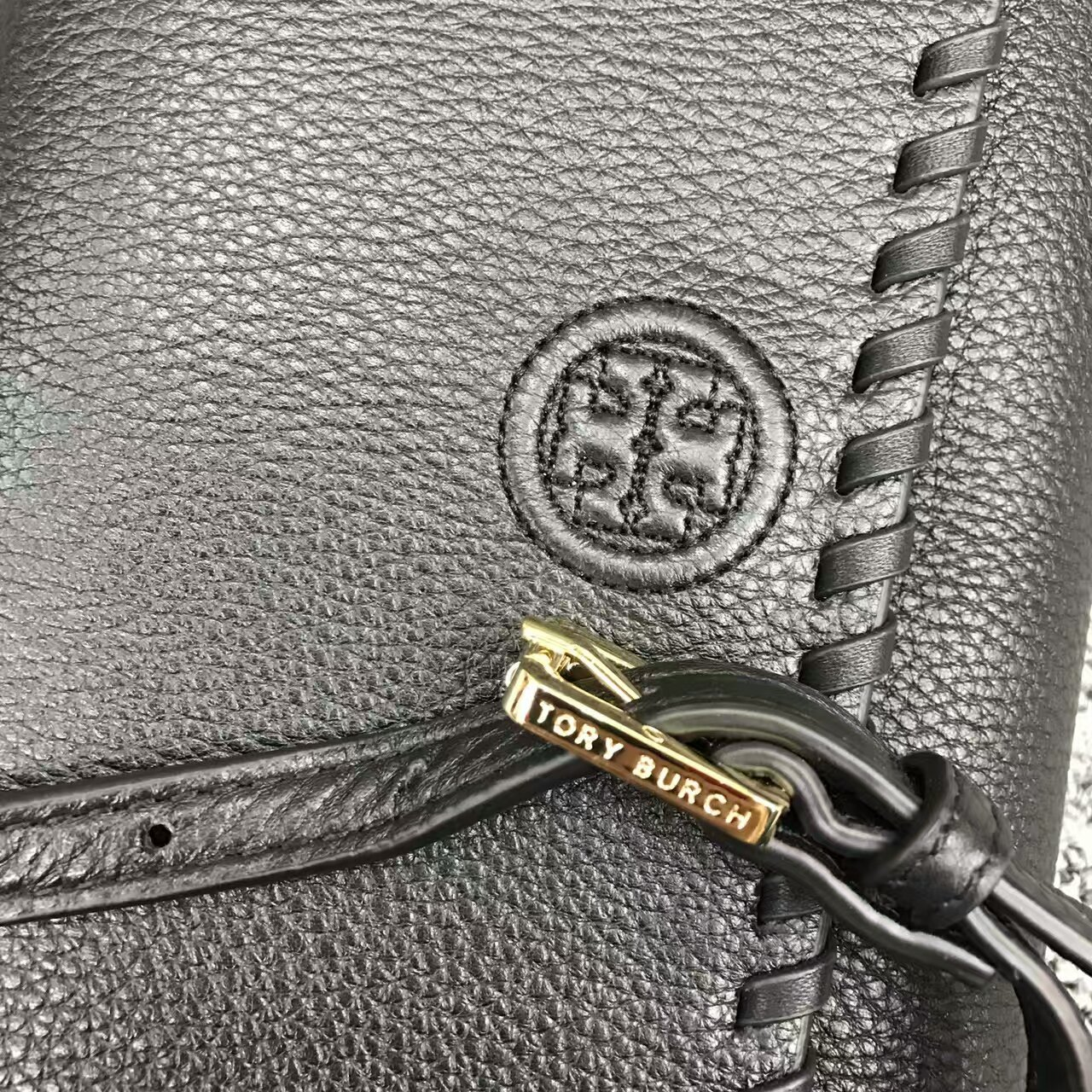 b8baa5f57efd Authentic Tory Burch Marion Flat Wallet and 50 similar items