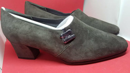Karen Scott Riley Soft Step Dark Gray Women's Suede Pumps size 8 - $19.79