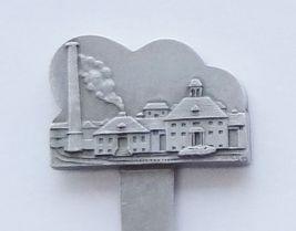 Collector Souvenir Spoon USA Pennsylvania Hershey's Chocolate Factory Emblem - $16.99