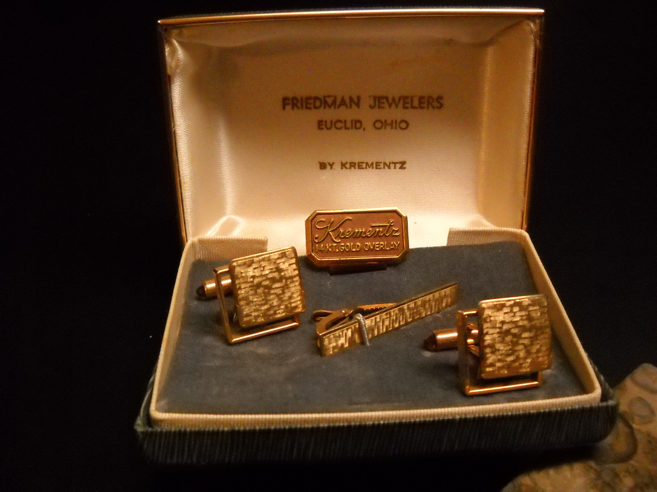 Krementz Cuff Links Tie Bar Square Amber 14 Kt Gold Overlay in Presentation Box