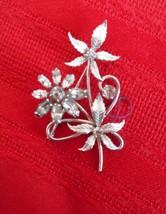 Vintage Krementz Silver tone Rhinstone Flowers Bouquet Stones Brooch Pin... - $15.10