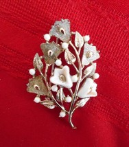 """Vintage Coro  Gold tone  White flowers  Stones Brooch Pin 2 1/2"""" - $9.83"""