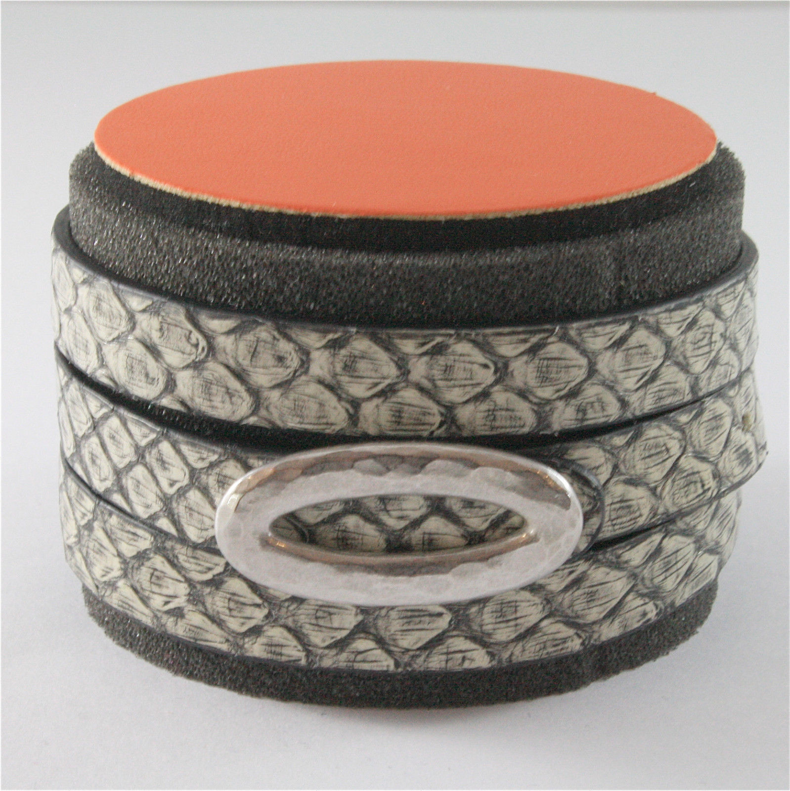 EDGY GREY PYTHON LEATHER BRACELET WITH 925 SILVER HAMMERED OVAL RHODIUM PLATED