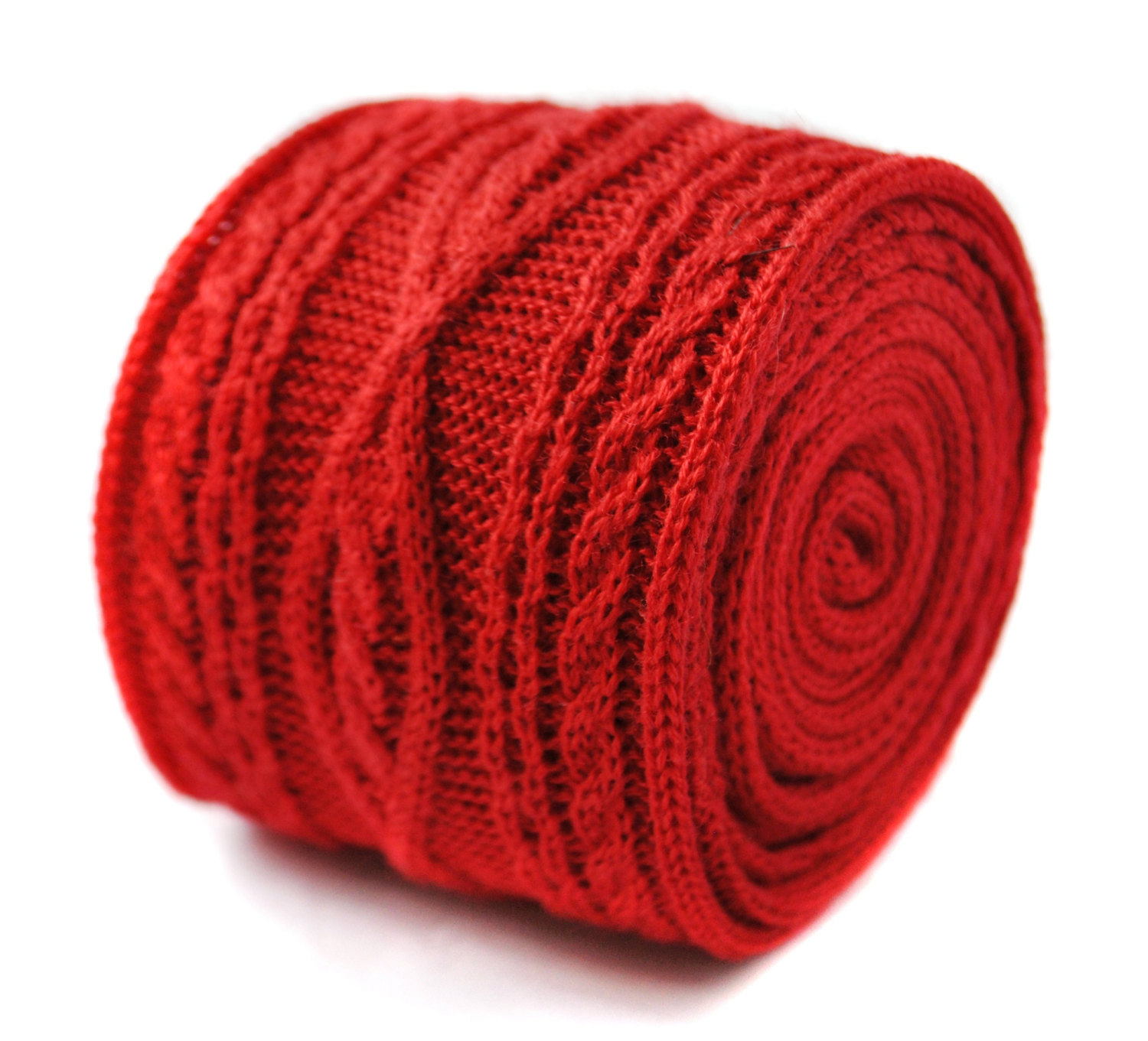 plain red knitted tie with cable knit design by Frederick Thomas FT2010