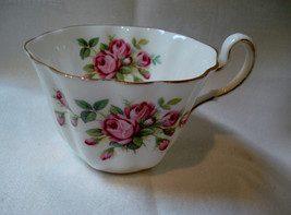 VINTAGE ADDERLY FINE BONE CHINA TEA CUP ROSES #1095 MADE IN ENGLAND - $4.49