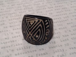 Hand Carved Black Wooden Tribal Pattern Ring Size 5.5 or 7.5 image 2