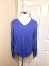 Calvin Klein Men's Blue V-Neck 100% Merino Wool Sweater XL - $16.95