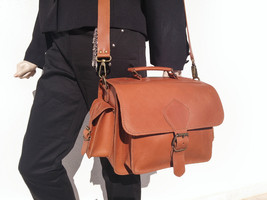 DSLR Camera Bag, Handmade Full Grain Leather Camera Bag. - $184.00