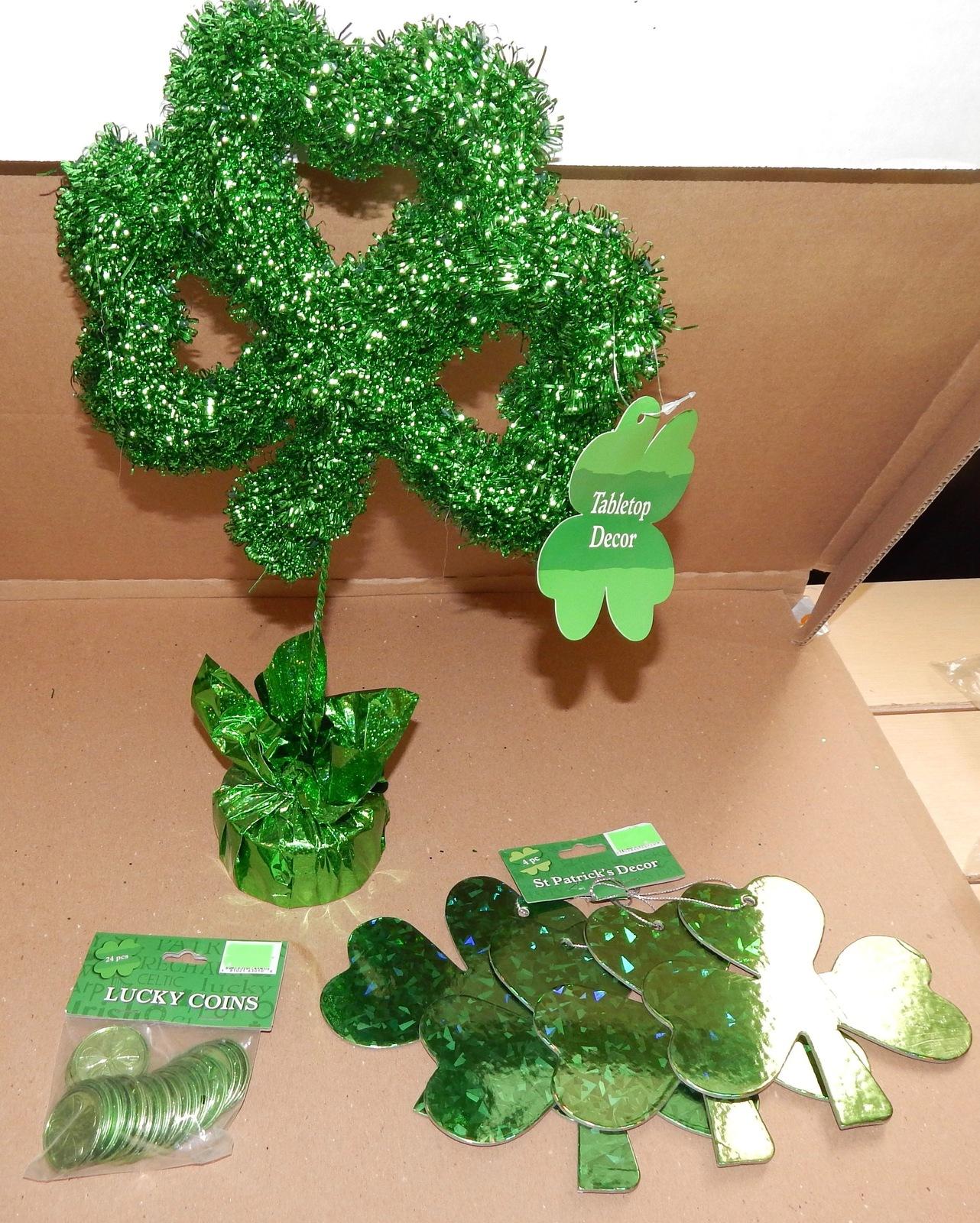 "St.Patricks Day Decor Shamrock 16 ""x 10"" 1 pk Lucky Coins 4pc 6"" Clovers 103Y"