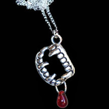 True Gothic VAMPIRE FANG BANGER TEETH w-BLOOD NECKLACE Halloween Costume... - $8.88