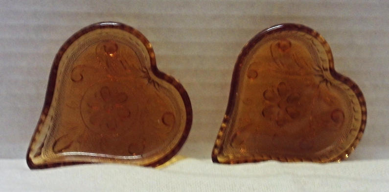 Vintage INDIANA GLASS Heart Card Suite AMBER GLASS Nut Candy Dishes