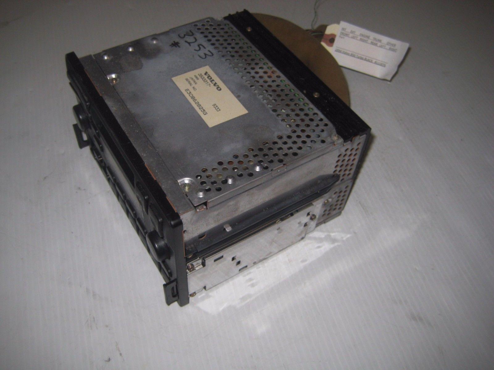 Volvo 850 1994 Main Stereo Radio Cassette Player OEM