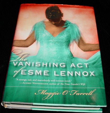 Book: The Vanishing Act of Esme Lennox, Maggie O'Farrell