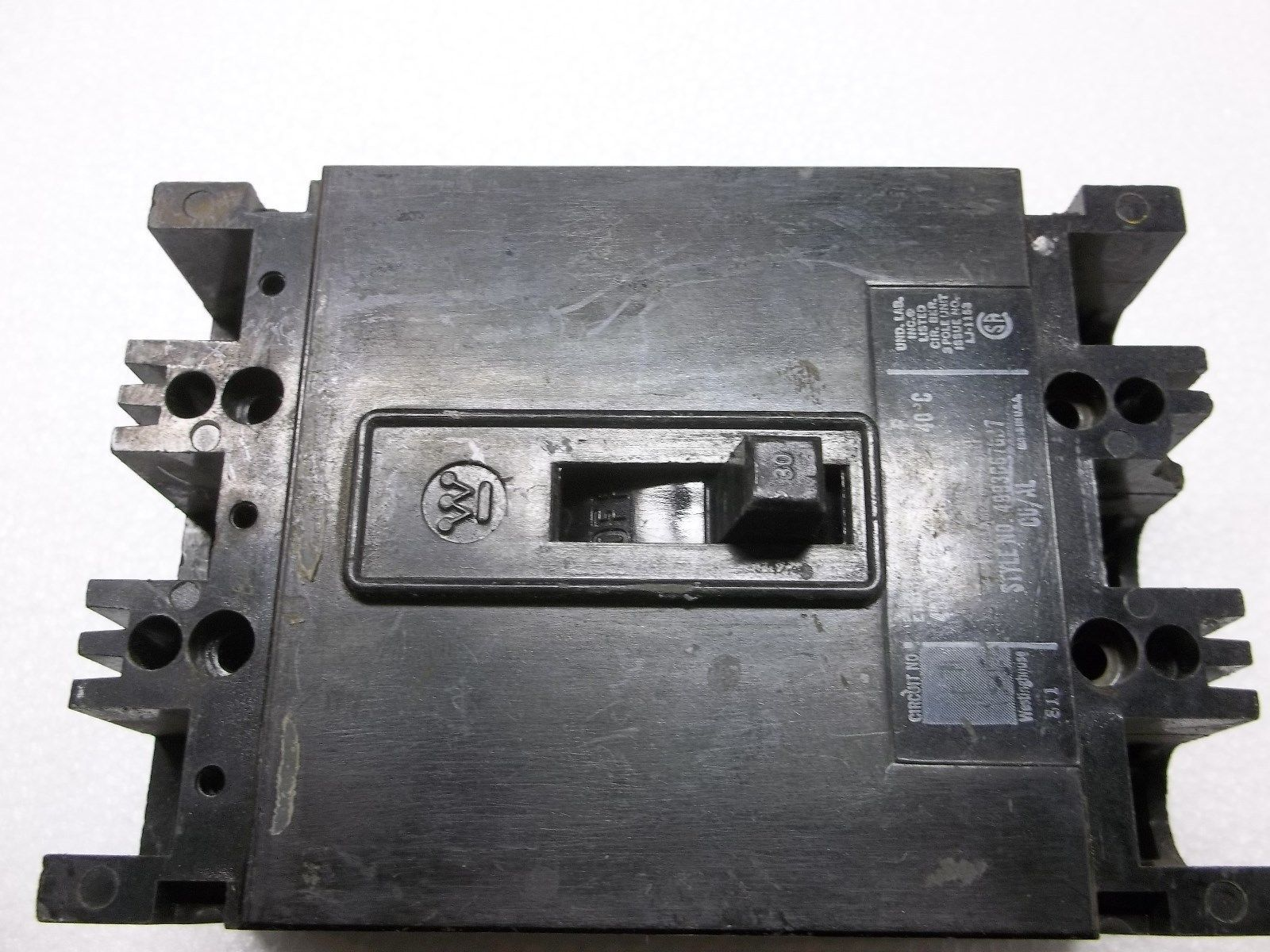 Westinghouse CUTLER HAMMER EHB3030L 30 AMP CIRCUIT BREAKER
